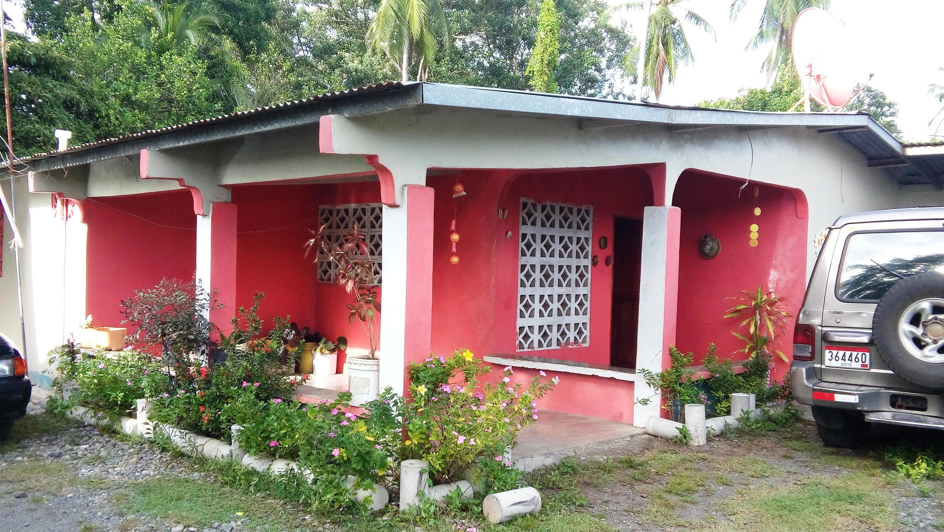 Panamanian-style home